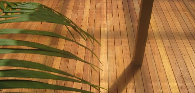 Timber decks and decking by Outdoor Effects Hamilton